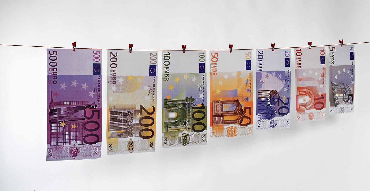 der neue 10 euro schein so sieht er aus und so erkennen sie ob er echt ist der blog der. Black Bedroom Furniture Sets. Home Design Ideas