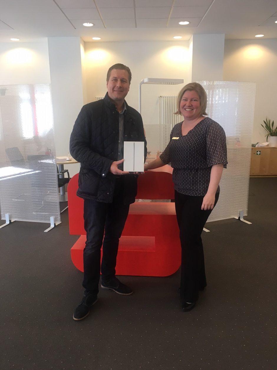 Digitale Woche: iPad-Gewinner heißt Dennis Kosian