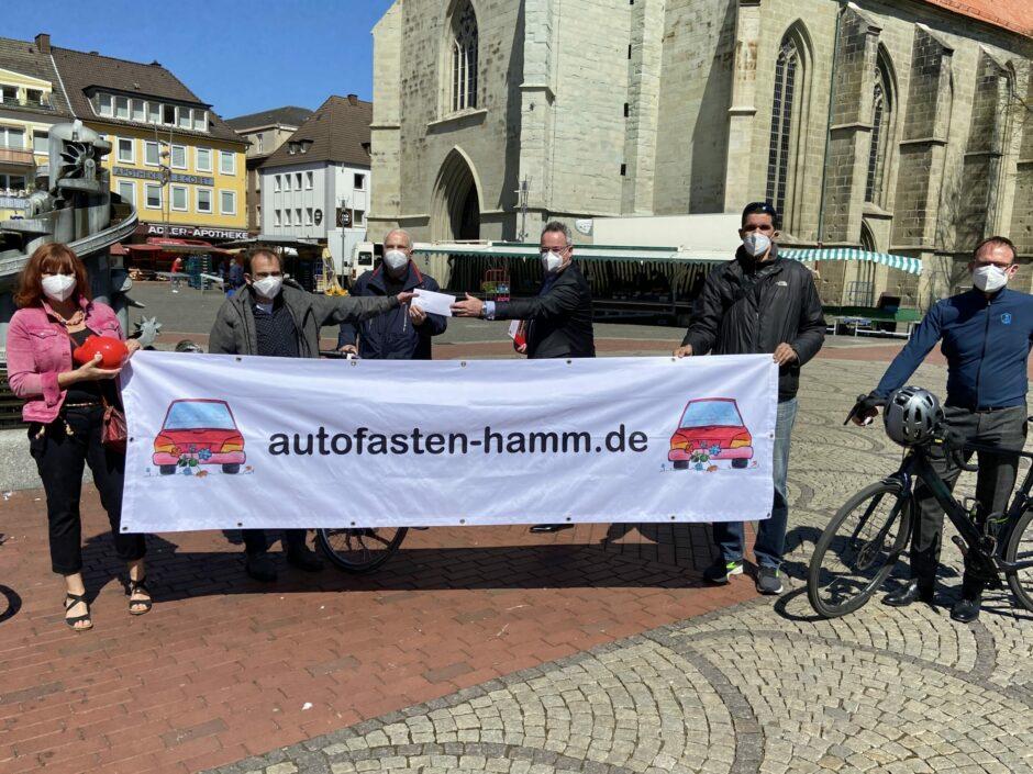 """Sparkasse unterstützt """"Autofasten"""" mit 3.835 km und 1.500 Euro"""